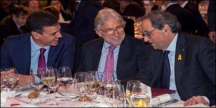 Cataluña: Sánchez con Torra, con Sánchez Llibre en medio.