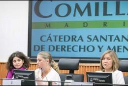 Entrevista con la directora de la Cátedra Santander de Derecho y Menores de Comillas