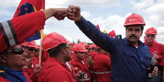 Millones de barriles de crudo venezolano navegan sin rumbo por sanciones