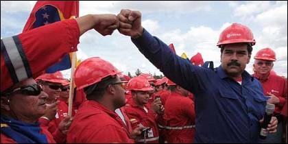 El dictador Nicolás Maduro en un acto con trabajadores de PDVSA.