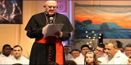 El cardenal Carlos Ososro a los jóvenes de Taizé