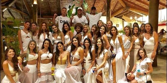 Neymar festejó año nuevo en Brasil rodeado de 26 mujeres — Tranqui