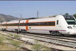 Un tren de Renfe en Extremadura.