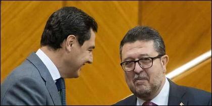 Juanma Moreno (PP) con Francisco Serrano (VOX).