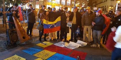 Manifestación venezolana en Plaza Callao