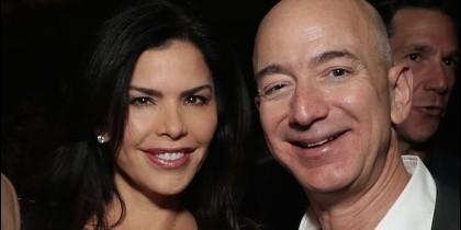 Jeff Bezoz y Lauren Sánchez.