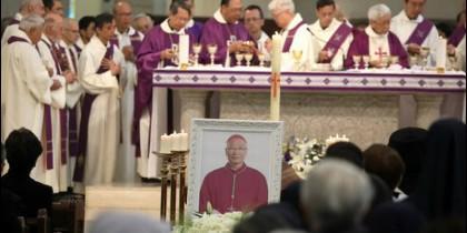 Funeral para monseñor Michael Yeung en la catedral de Hong Kong