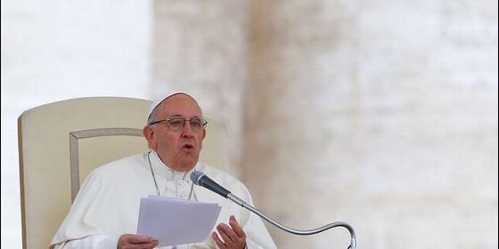 Obispos viajarán este sábado al Vaticano para hablar con Papa sobre abusos