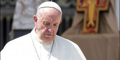 Francisco ordena proceso penal