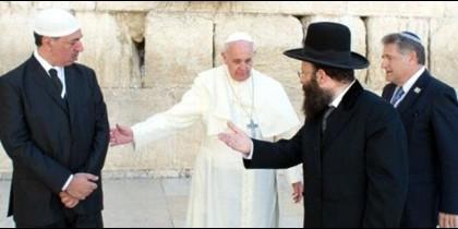 Francisco. Encuentro histórico de tres religiones