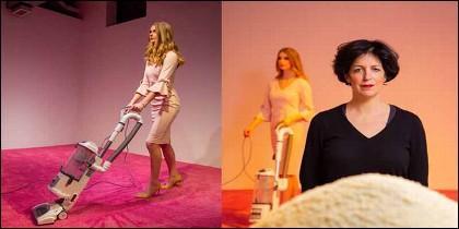 'Ivanka Vacuuming' por Jennifer Rubell.