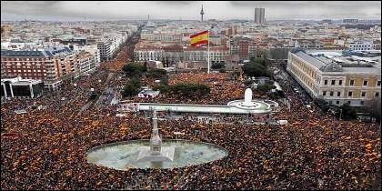 Masiva manifestación por España en la Plaza de Colón (10-02-2019).
