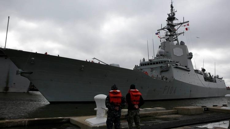 ¿Hacia dónde se dirige el poderoso portaviones desplegado por EEUU?