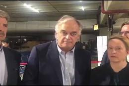Esteban González Pons y los europarlamentarios expulsas con él de la Venezuela chavista.