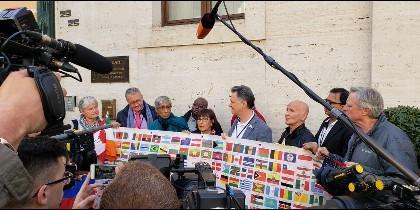 Doce supervivientes se reúnen con Scicluna, Zollner, Lombardi y Cupich