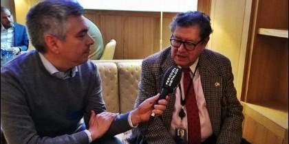 Enrique Calvet entrevistado por Luis Balcarce.