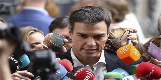 Pedro Sánchez, periodistas y medios de comunicación.