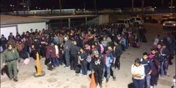 Capturan a 446 inmigrantes ilegales en cinco minutos
