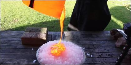 Lava sobre hielo