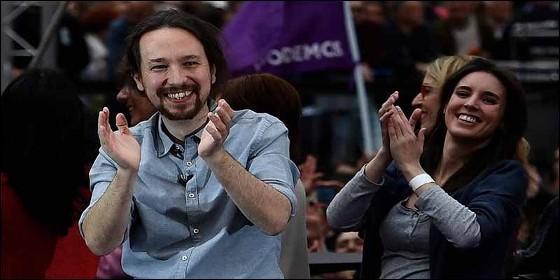Pablo Iglesias con Irene Montero (PODEMOS).