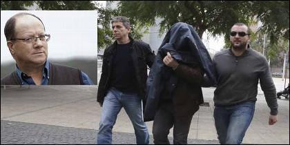 Joaquim Benítez, el profesor de Educación física que abusó durante décadas de alumnos del colegio marista de Sants-Les Corts de Barcelona, camino del juzgado.