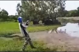 Pescando en un río