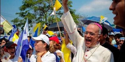 El obispo auxiliar de Managua, Silvio Báez.
