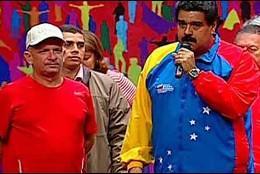 El exgeneral chavista Hugo 'El Pollo' Carvajal con Nicolás Maduro..