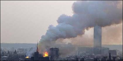 El incendio de la catedral de Notre Dame en Paris