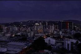 Siguen las fallas eléctricas en Venezuela