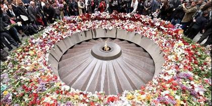 Memorial del genocidio armenio en Erevan.