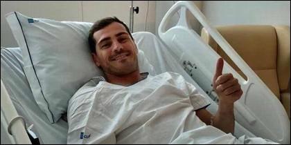 El mensaje de Iker Casillas desde el hospital: 'Un susto grande'.