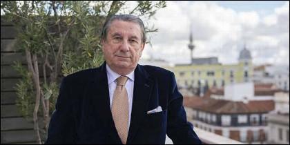 Paco Vázquez.