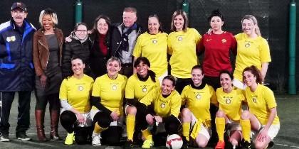 Primer equipo de fútbol femenino del Vaticano.