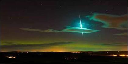 Lluvia de meteoros de las Táuridas.