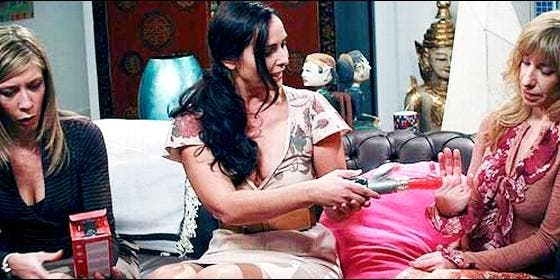 Los consoladores y objetos sexuales de `La que se avecina` hacen un `roto` a Paolo Vasile