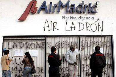 Emigrantes diciembre 2007 17 for Oficinas air europa madrid