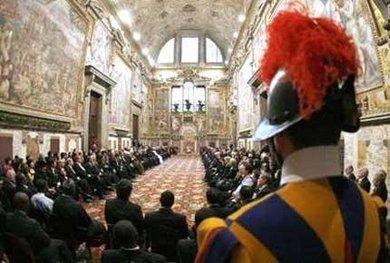 El Vaticano tambien dice estar preocupado por la pobreza