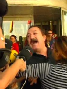Javier Núñez, manda a los politicos lejos de su sufrimiento
