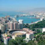 Málaga, parece que reinara en la vacía