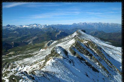 Victoriola del Pisuerga, Nansa y Ebro, desde el pico Tres Mares