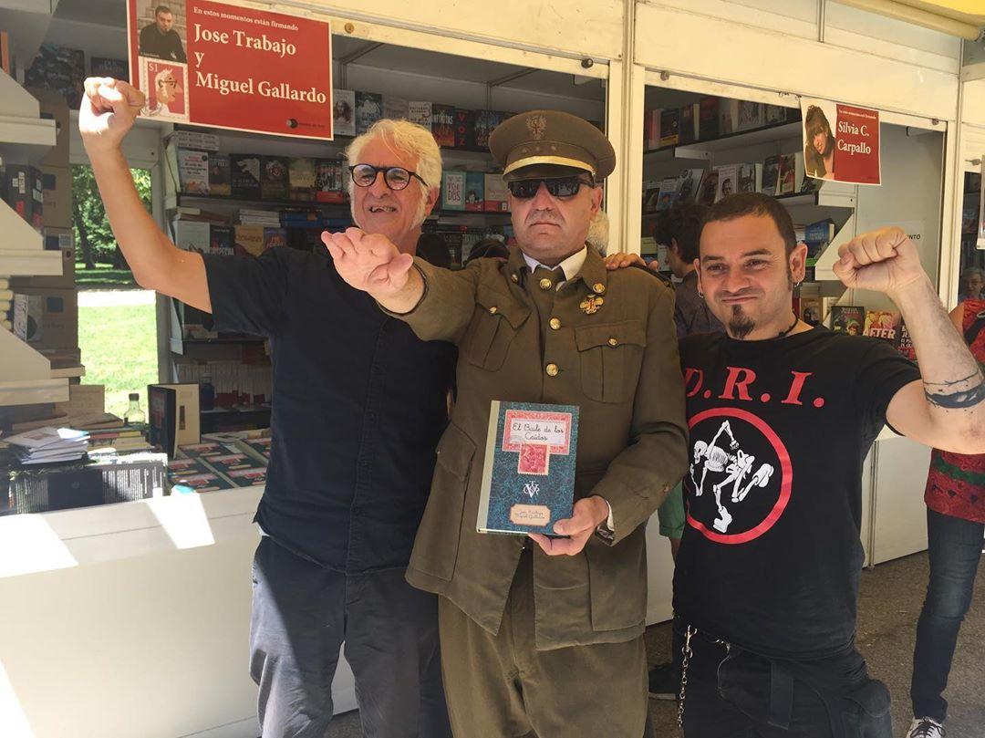 """Entrevista a José Trabajo y Miguel Gallardo ('El Baile de los Caídos'): """"¿Quién mejor que Franco para contarnos nuestra historia secreta?"""""""