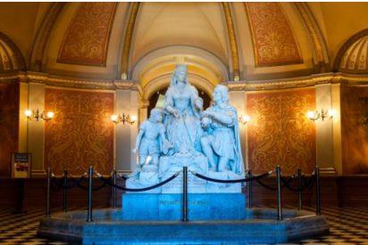 La estatua de Isabel de Castilla en California
