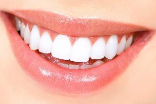 'Blancorexia': La obsesión por unos dientes extra blancos