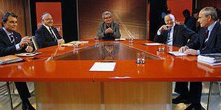 Feroz cara a cara de Mas y Montilla en la sala de prensa