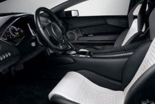 Versace viste a los Lamborghini