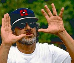 Spielberg deja el cargo de asesor artístico de los Juegos de Pekín