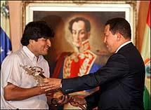 Evo Morales adquiere el 5% de las acciones de la venezolana Telesur