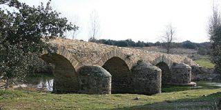 Puente Valimbre, arte románico sobre el río Turienzo