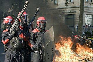 Los proetarras arrasan San Sebastián y quemas de la foto de Carod en Valencia y Barcelona